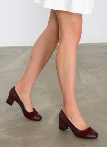 Bambi Kısa Topuklu Ayakkabı Bordo